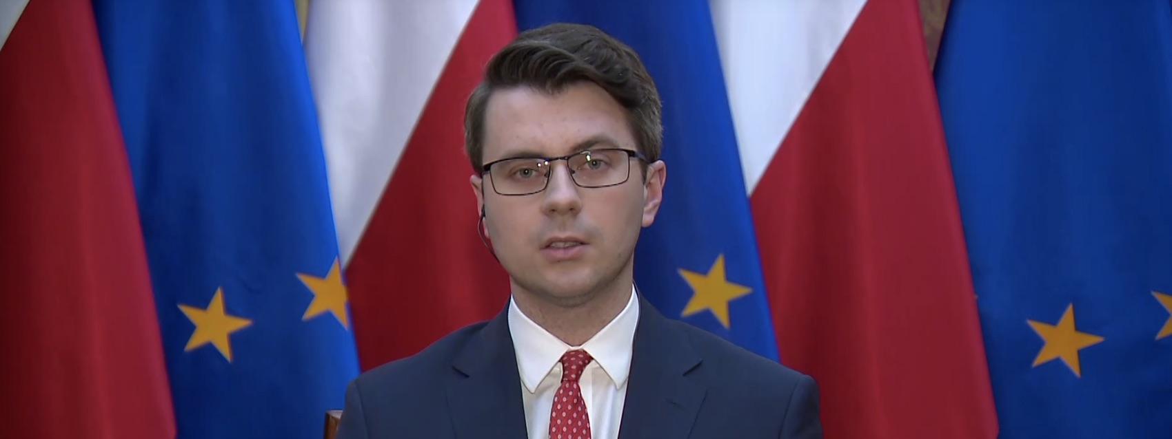Müller: Może byćsytuacja, w której nie będzie możliwe głosowanie 10 maja. Przecieżnie wiemy, jak sięrozwinie epidemia. Projekt nie zakłada, żewybory na 100% odbędą się10 maja. Tworzy tylko warunki do głosowania korespondencyjnego